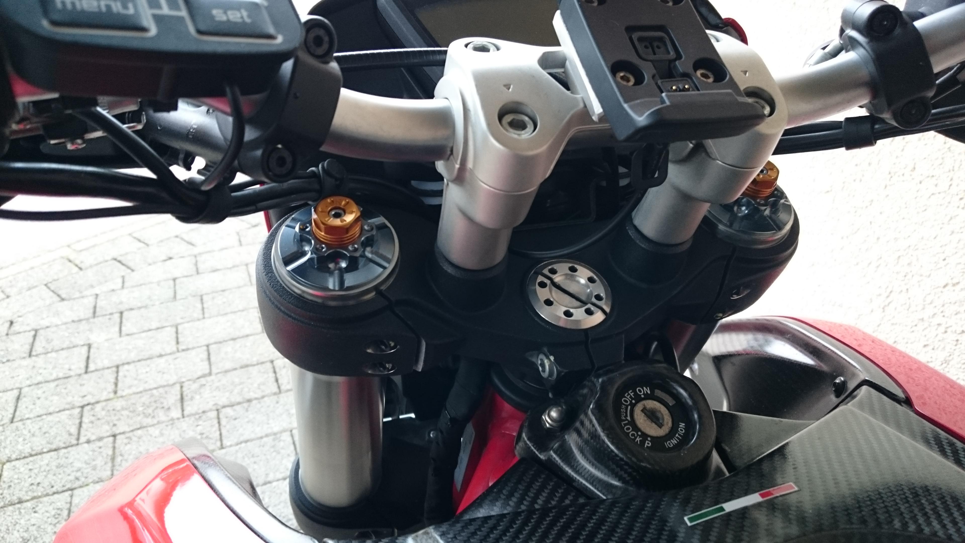Voll einstellbares Fahrwerk für die normale HYM - Reifen, Bremsen ...