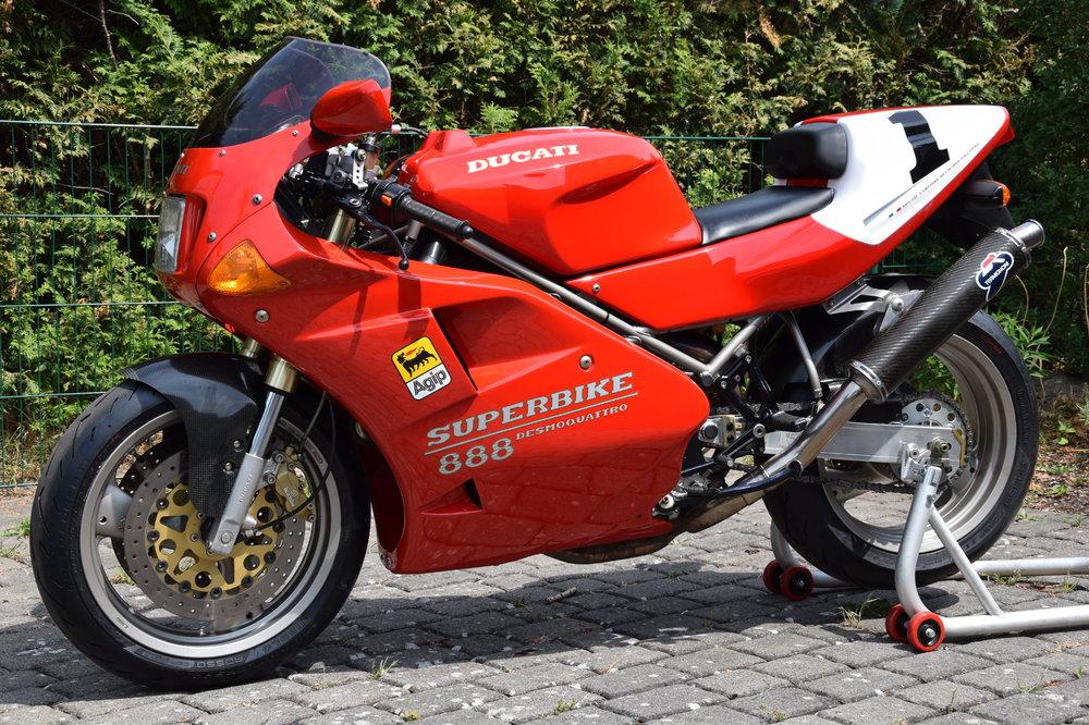 Motorrad-888-17-li.thumb.JPG.c11cfdf7364f2f369257c31aa6247f49.JPG