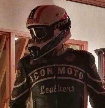 Helm ONeal ultra Lite.jpg